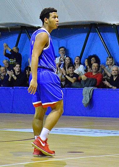 7 - Carlos Cruz